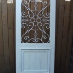 オーダーメイドの無垢デザインドア