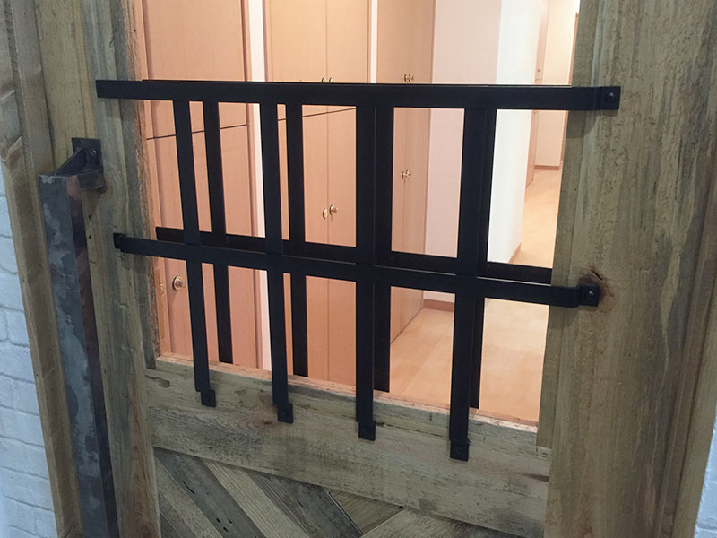 店舗施工例 2-13 アイアン面格子 アイアンハンドル