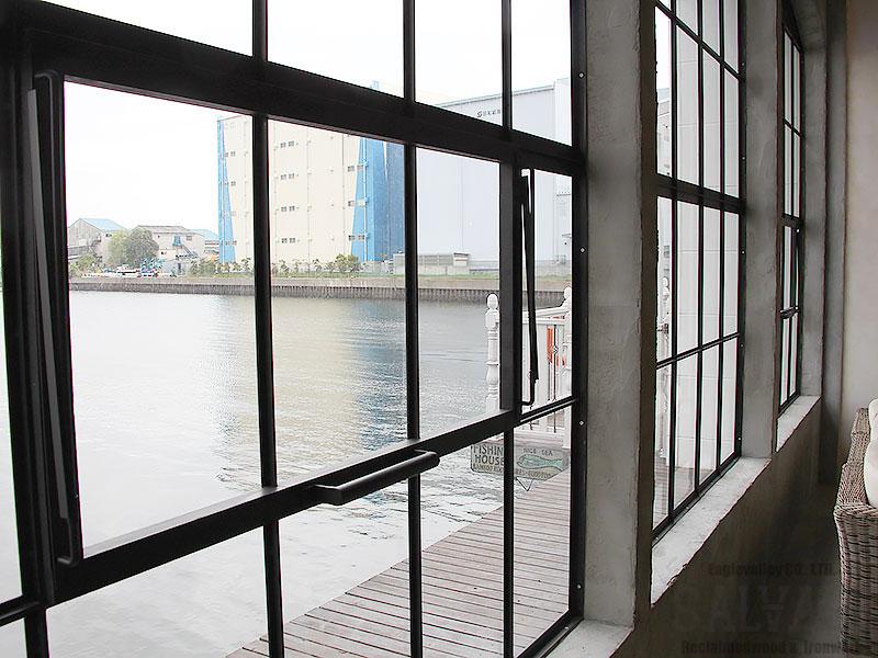 スタジオ施工例 6-27 アイアン窓