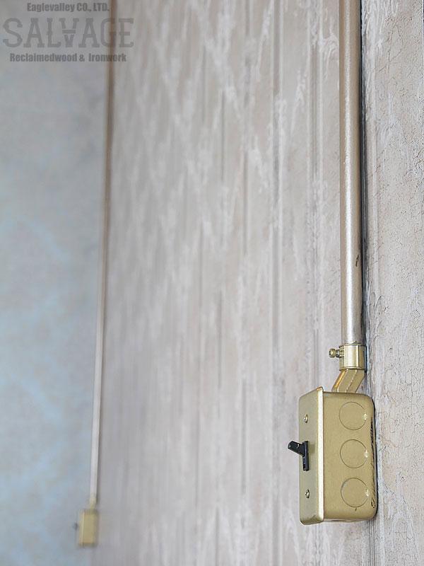 スタジオ施工例 6-54 露出配線 スイッチボックス