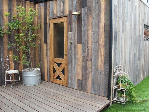 スタジオ施工例 5-18 古材外装施工 オーダードア