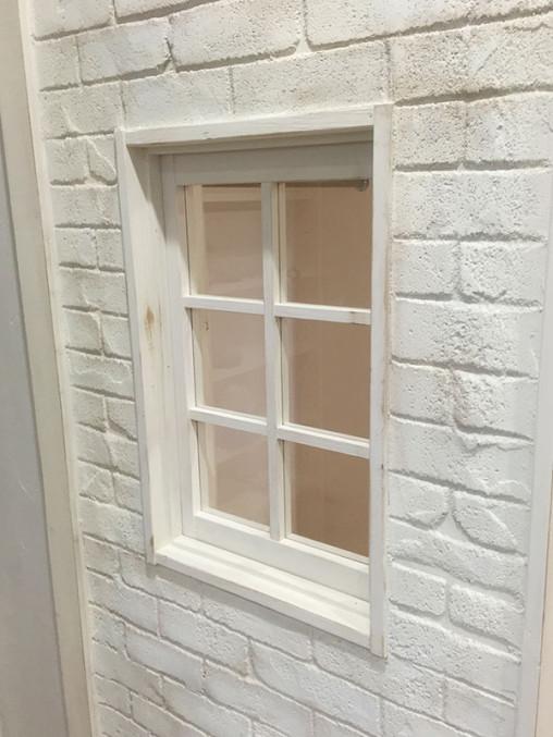 店舗施工例 2-09 明かり取り窓