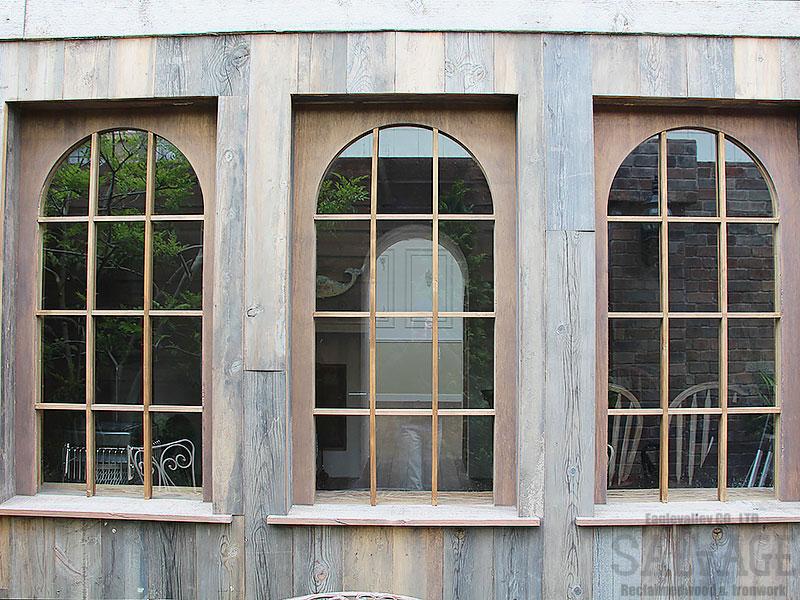 スタジオ施工例 5-21 オーダー窓 古材外装施工