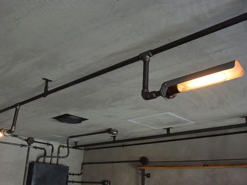 店舗施工例 3-20 インダストリアル照明 ガス管照明