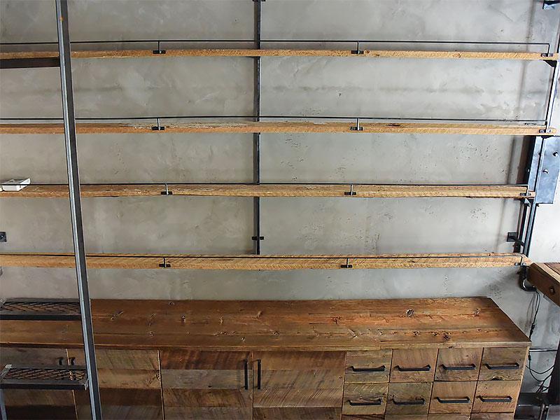 店舗施工例 3-12 古材使用の店舗什器