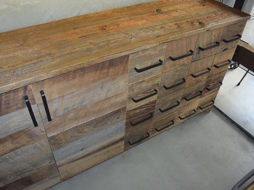 店舗施工例 3-13 古材キャビネット 店舗什器