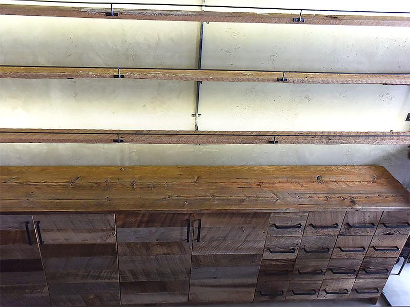 店舗施工例 3-17 古材キャビネット 店舗什器